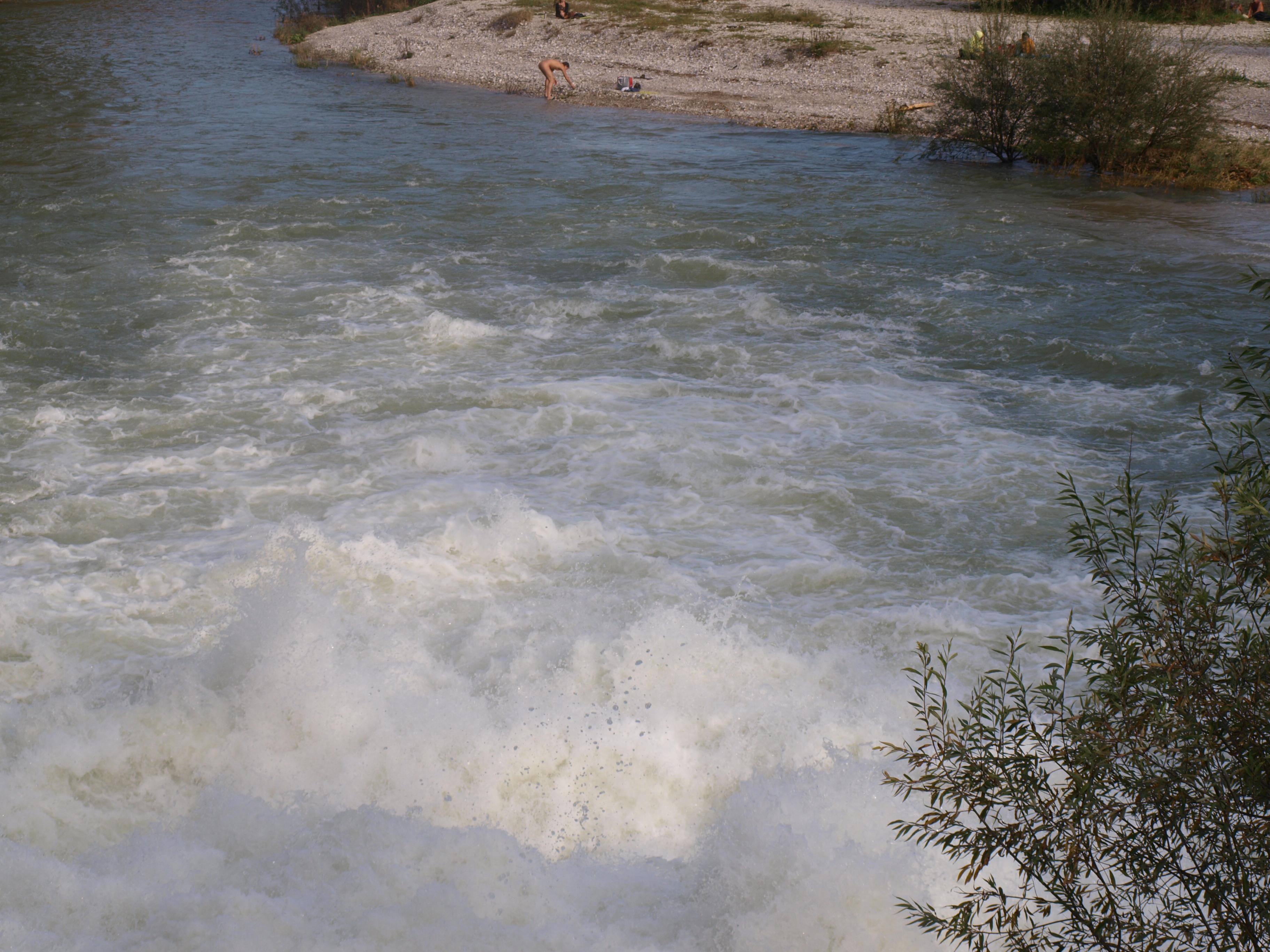 Wasserfall am Flaucher